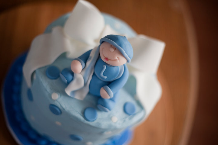 Blue baby boy baby shower cake