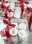 Christmas cupcakes gift box