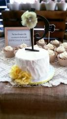 Miniature cut cake