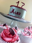 Black and white houndstooth Alabama football birthday cake