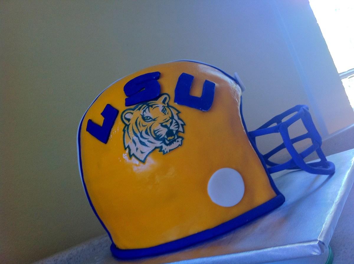 3D LSU football helmet grooms cake.