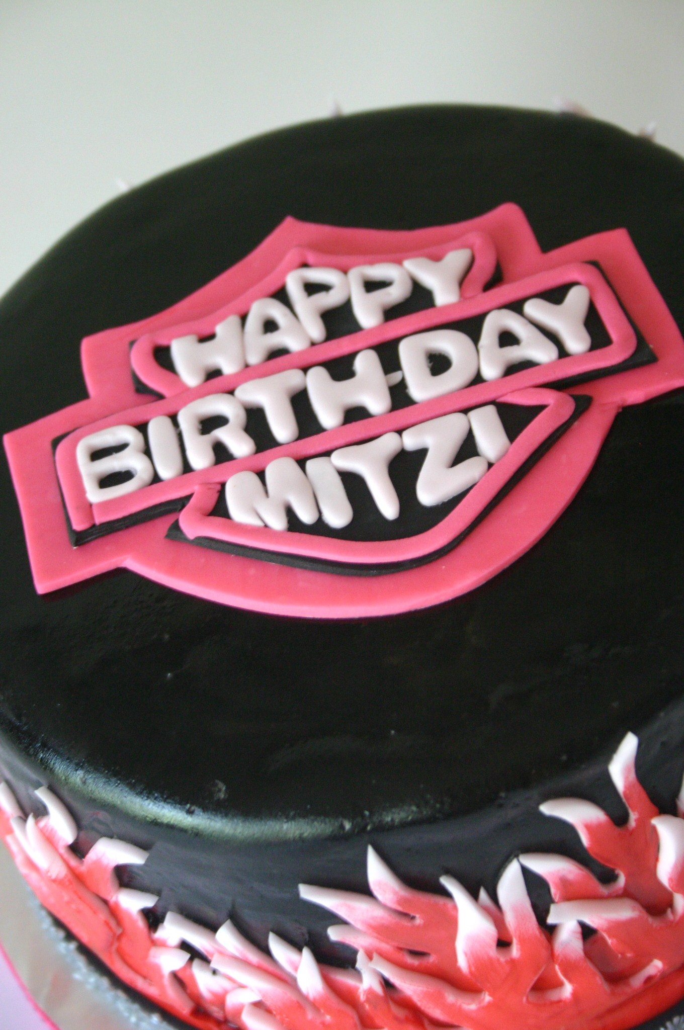 Close Up Of Logo On Girly Pink Harley Davidson Cake Lolos Cakes
