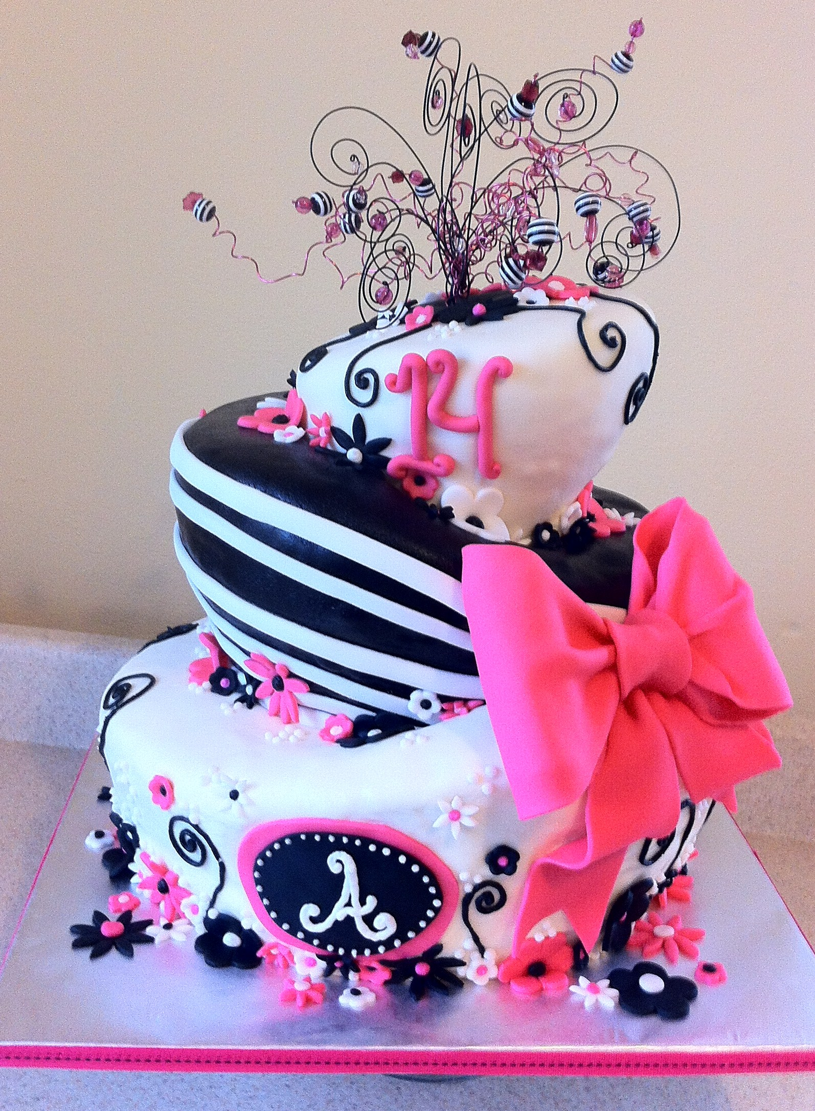 Pink Black And White Topsy Turvy 14 Birthday Cake Lolos Cakes