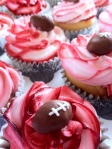 Red and white Alabama football cupcakes