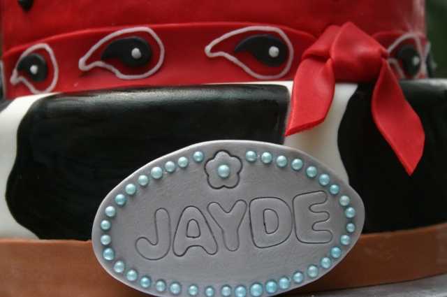 Gumpaste belt buckle western 16th birthday cake