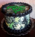 Mossy Oak cammo cake. Feeds 20-25. MSRP $125