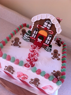 Gingerbread house Christmas cake