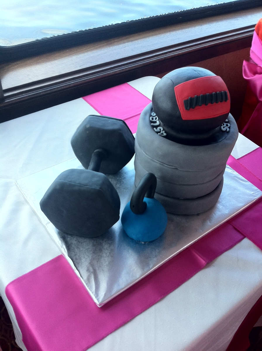 Crossfit kettlebell wall ball grooms workout cake
