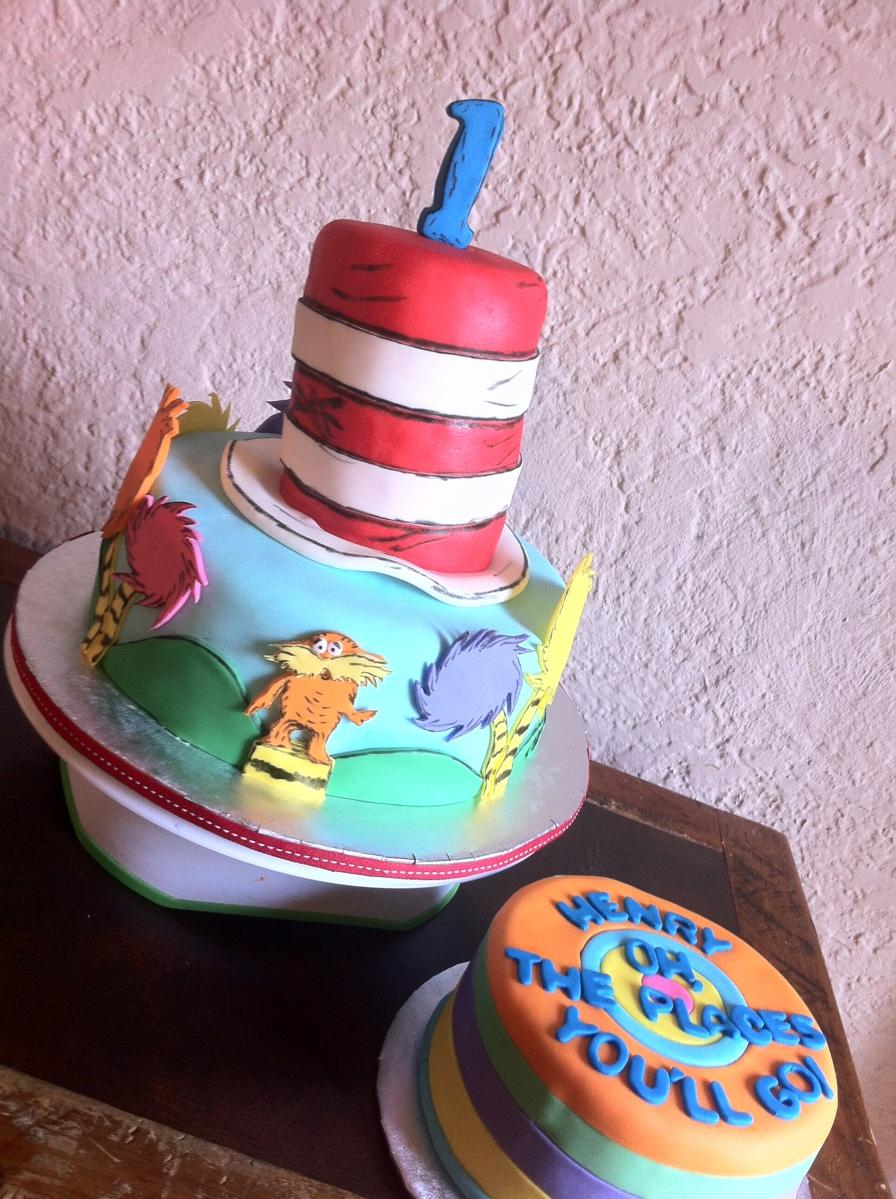 Dr. Seuss birthday cake and smash cake